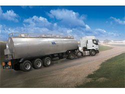30,000 Ltr Milk Tanker with Semi Trailer