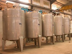 Storage Tanks- 6000 Ltr
